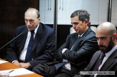 Comenzó el juicio político a Axel López
