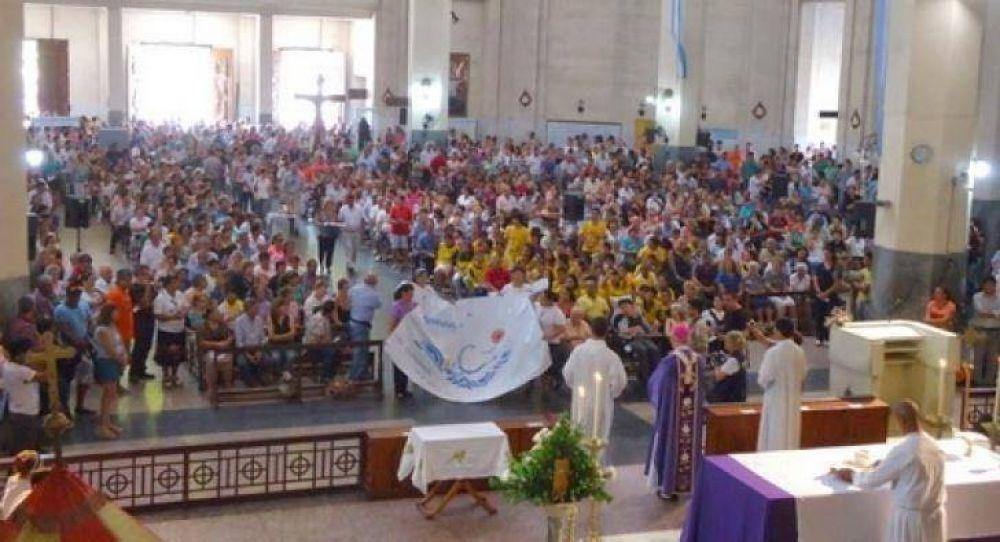 Mons. Stanovnik pide recuperar y fortalecer la familia