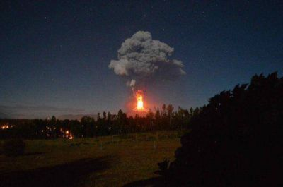 Más de 3000 evacuados por la imponente erupción del volcán Villarrica