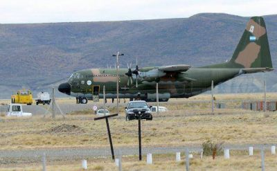 Autoridades de Fuerza Aérea no pudieron volar a la Antártida por desperfectos mecánicos de los Hércules T-64 y T-66