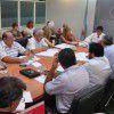 Diputados crear�an el cargo de Defensor General