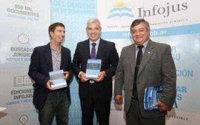 Julián Domínguez inauguró jornadas sobre el nuevo Código Civil