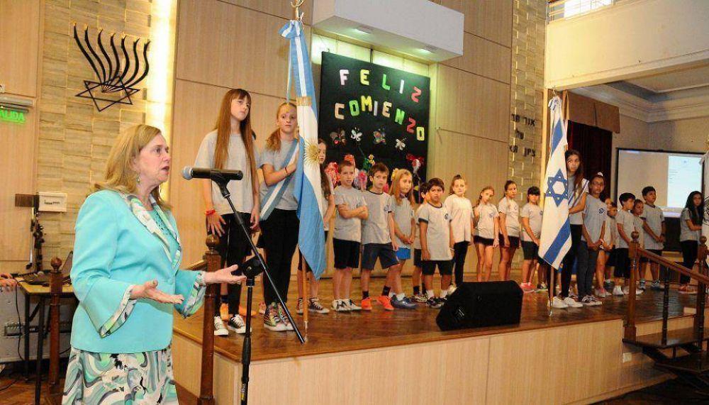 La Embajadora del Estado de Israel participó del inicio del ciclo lectivo 2015 de la red escolar judía