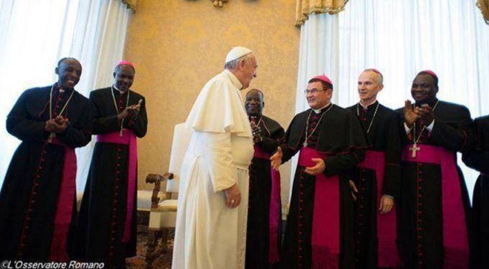 Francisco insistió en llamar a reforzar el diálogo con el islam