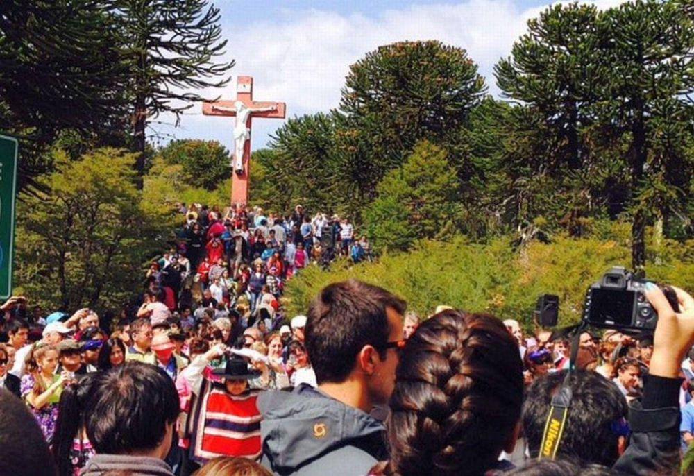 Chilenos y argentinos rezaron por la paz a los pies del Cristo del Tromén