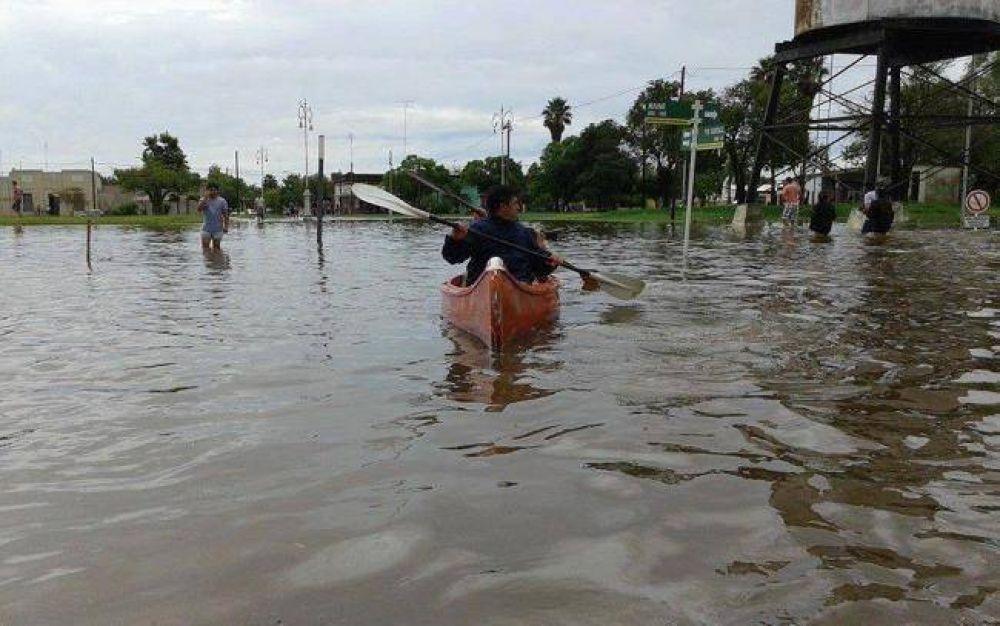 """Un obispo pide """"posponer cualquier interés particular"""" para ayudar a los inundados"""