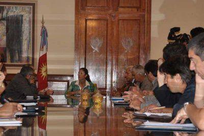 La gobernadora presidi� la reuni�n del Comit� de Emergencia Provincial
