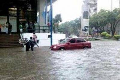 TEMPORAL: Una víctima fatal y mas de 500 familias evacuadas en toda la provincia