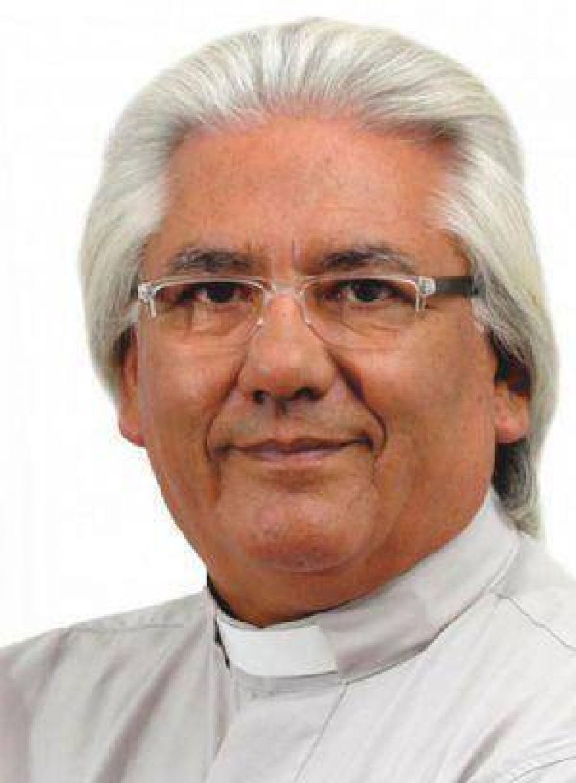 El Padre Crespo podría seguir con su candidatura sin el permiso del Arzobispado
