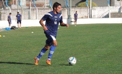 Alvarado sigue sumando fútbol