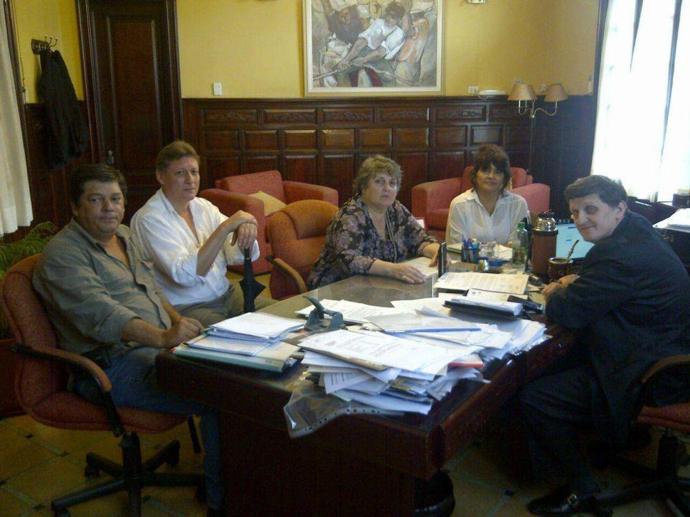 Trabajadores de ATE se reunieron con el ministro de Hacienda de la Provincia