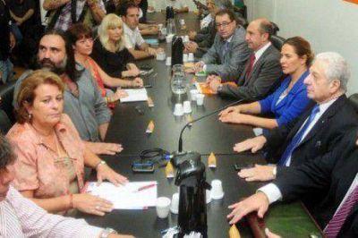 Reunión de la Federación de Educadores Bonaerenses y el gobierno de Buenos Aires