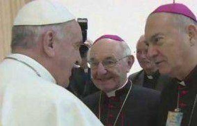 El Papa junto a obispos amigos de los Focolares