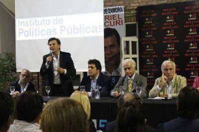 Lomas de Zamora: Presencia de los equipos técnicos de Sergio Massa