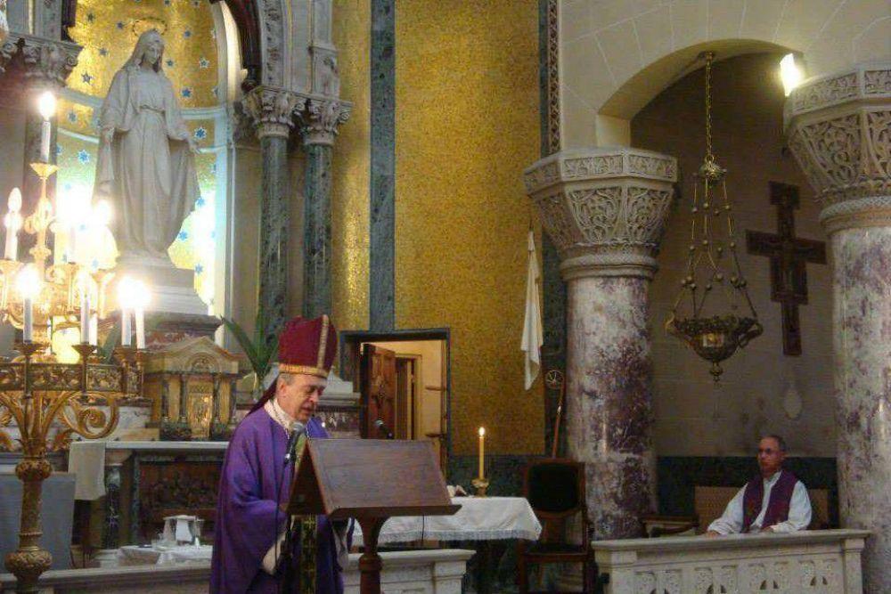 El obispo presidió la misa por el 103° aniversario del Unzué