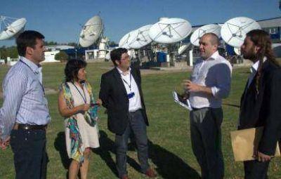 Concejales visitaron las instalaciones de Arsat por la TV Digital Abierta