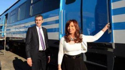 Cristina presentó los nuevos vagones del Roca