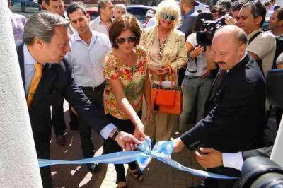 Ricardo Casal dejó inaugurado el Centro de Protección a la Víctima