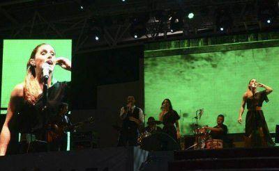La Sole y el Negro Álvarez deslumbraron al público en la tercera noche