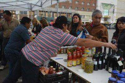 """""""Frutas y Verduras para Todos"""" vuelve a Río Gallegos"""