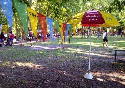 Día Internacional de la Mujer: El PRO organizó una mateada en el Parque de las Aguas Corrientes