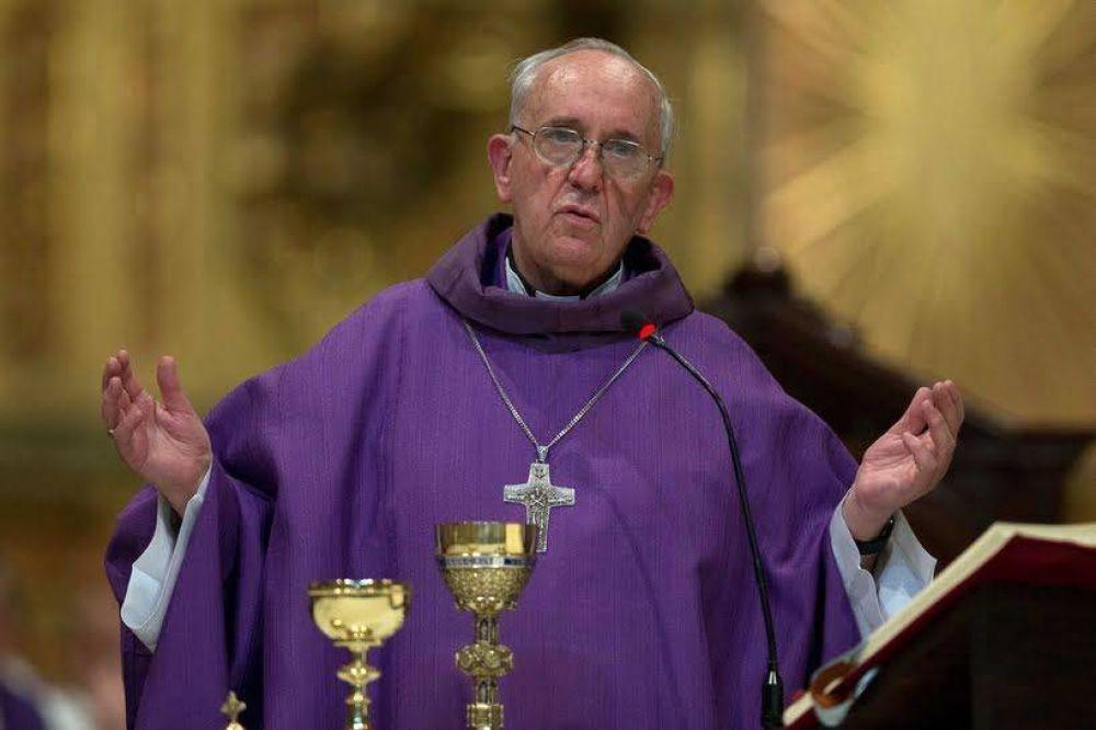 Papa Francisco pide sintonía entre lo que celebramos y lo que vivimos