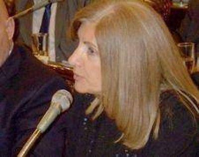 Rosario Romero promueve la creación de un Registro Voluntario de Hogares Refugio para mujeres víctimas de violencia