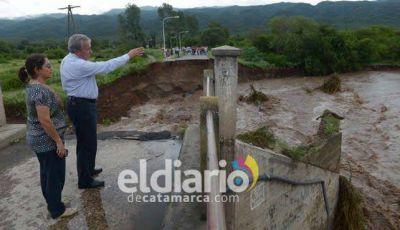 Lucía recorrió zonas afectadas por las lluvias