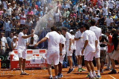 Delbonis superó a Belluci y la Argentina ganó una serie que recordará por mucho tiempo