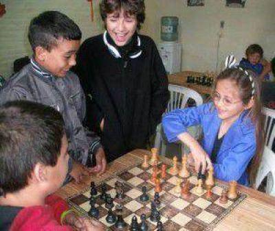 """Inicio de las actividades de la Escuela Municipal de Ajedrez """"Peón Rey"""""""