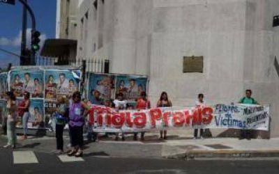 Protesta por casos de mala praxis en Malvinas Argentinas