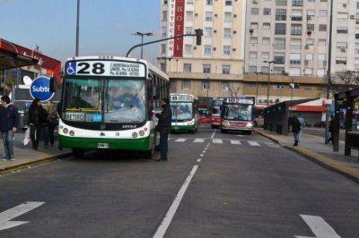 Para frenar el paro, el Gobierno recibe a los gremios del transporte