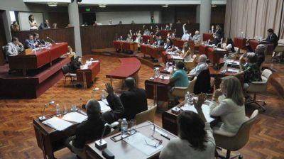 Los diputados pidieron informes y la reapertura de la discusión