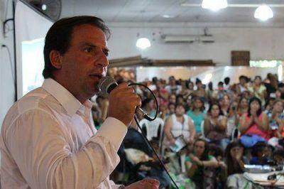 Sujarchuk lanzó plan de viviendas para los vecinos de Escobar