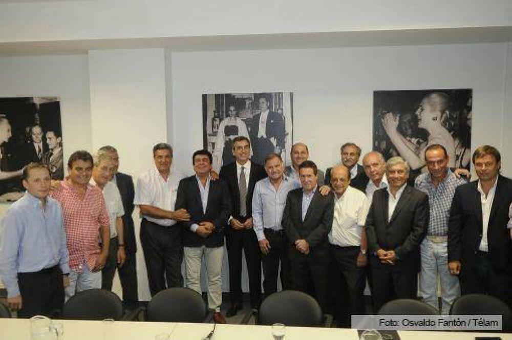 Randazzo se reunió con intendentes bonaerenses para analizar el panorama electoral