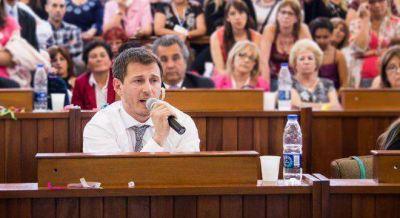Massa unific� los bloques del FR en el Concejo de Tres de Febrero