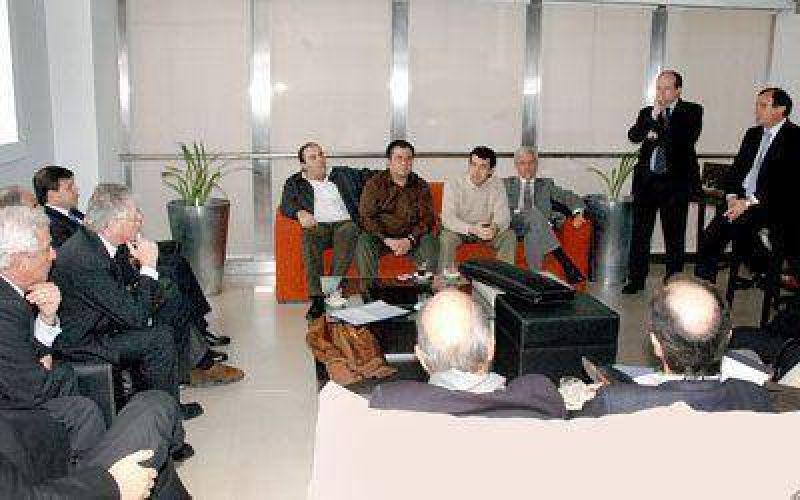 Das Neves, De Vido y Eskenazi se reunieron en Buenos Aires