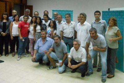 Locutores de Tandil, Ayacucho, Balcarce y Miramar y recibieron sus carnets