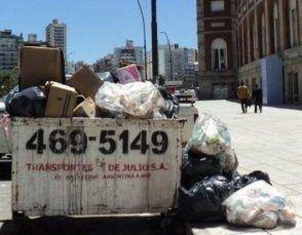 La basura y el negocio de juntarla con una pala