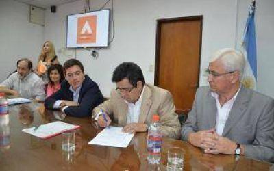 La Provincia pavimentará el acceso a Labardén
