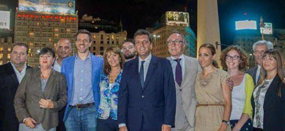Massa presentó a sus candidatos, Subiela y Tartu en la lista