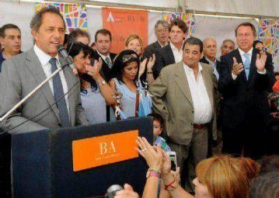 Scioli inauguró el nuevo edificio de la Escuela Técnica de Carmen de Areco