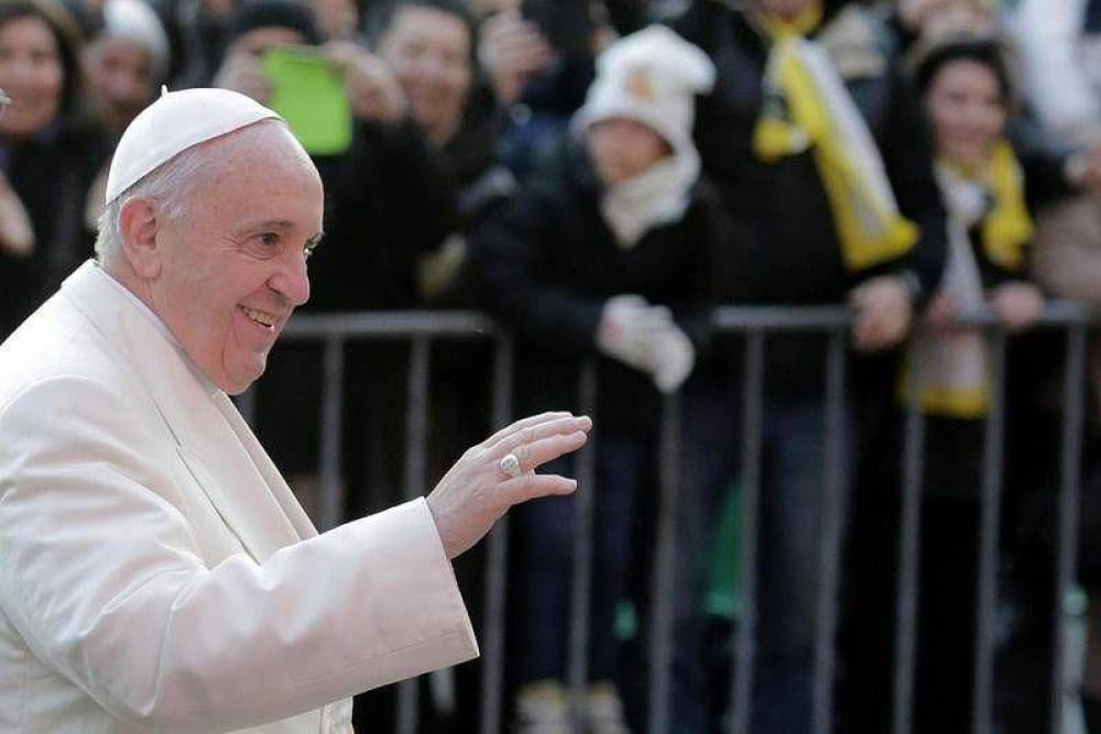 Francisco: para nosotros los ancianos no es el momento de tirar los remos al agua