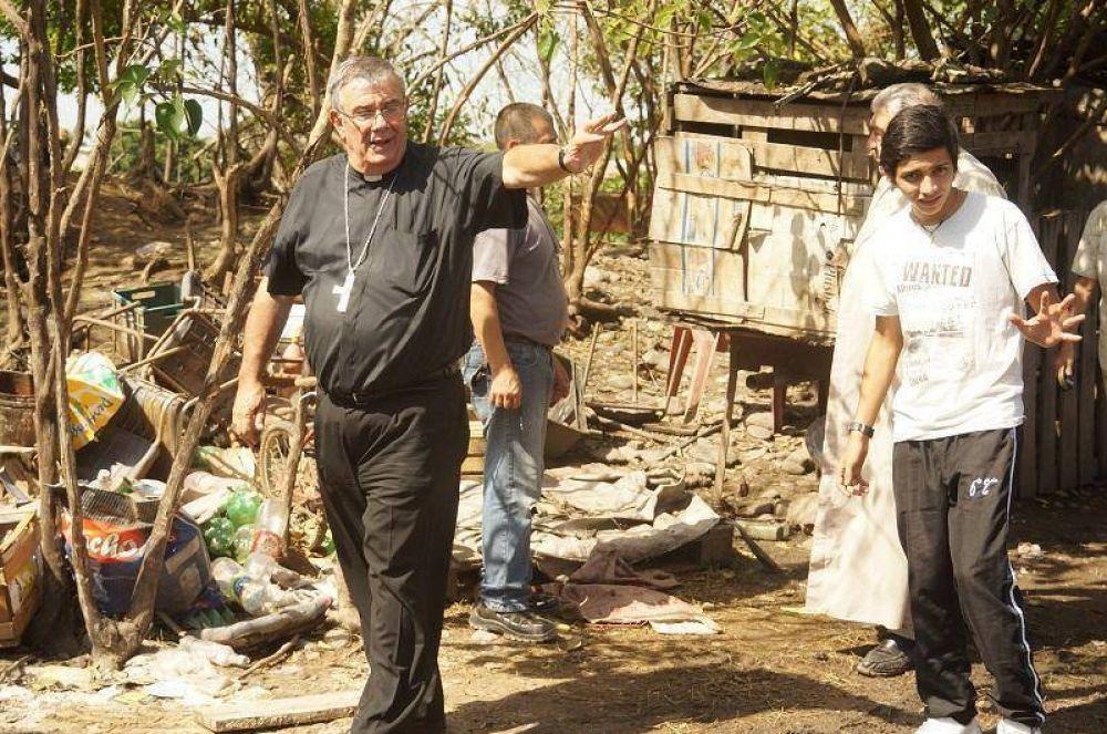 Mons. Zecca pidió ayuda para los inundados y reclamó soluciones de fondo