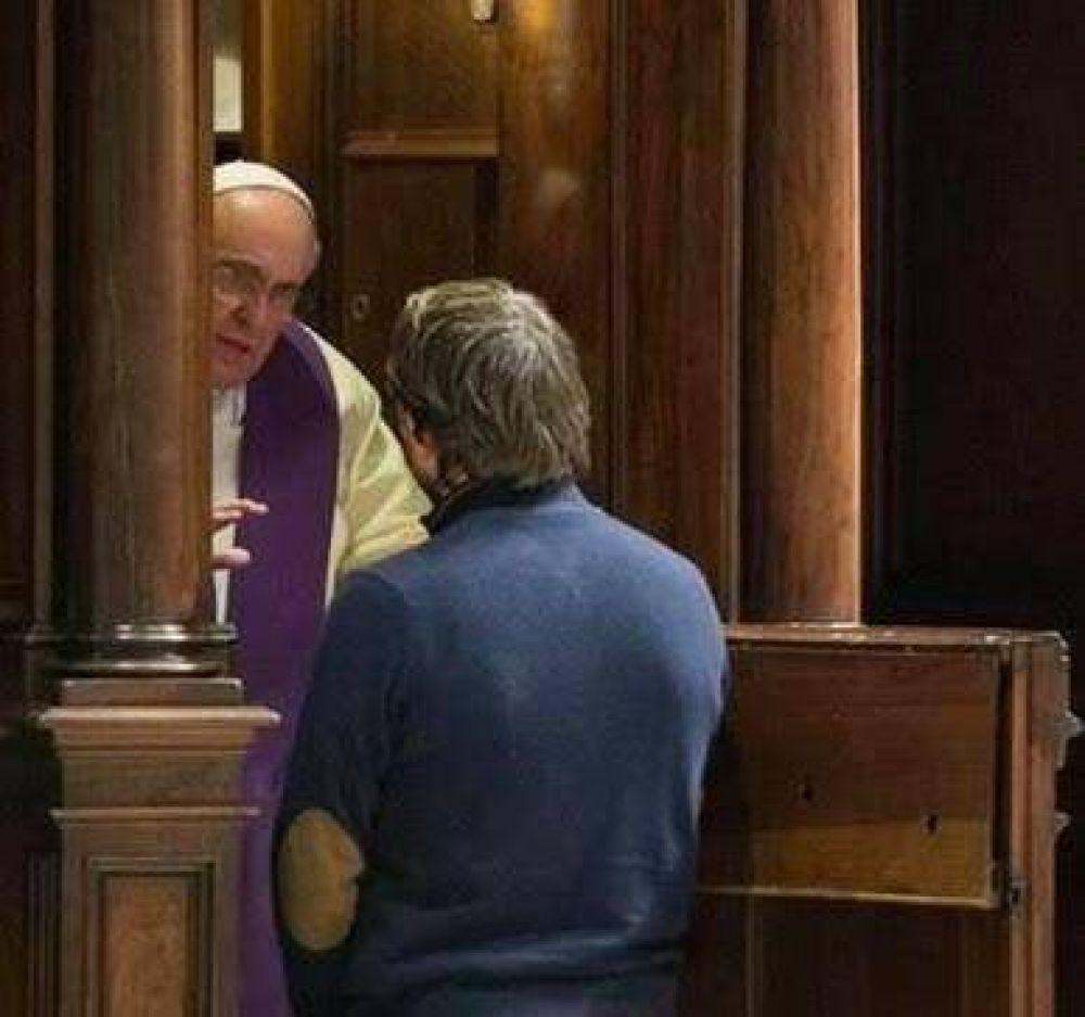El penitente que se acerca a la confesión es 'tierra sagrada', dijo el Papa