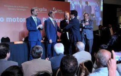 En Vicente López, Scioli firmó convenio que beneficia a Pymes