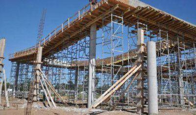 Meoni resaltó el rápido avance de la obra de la terminal de ómnibus