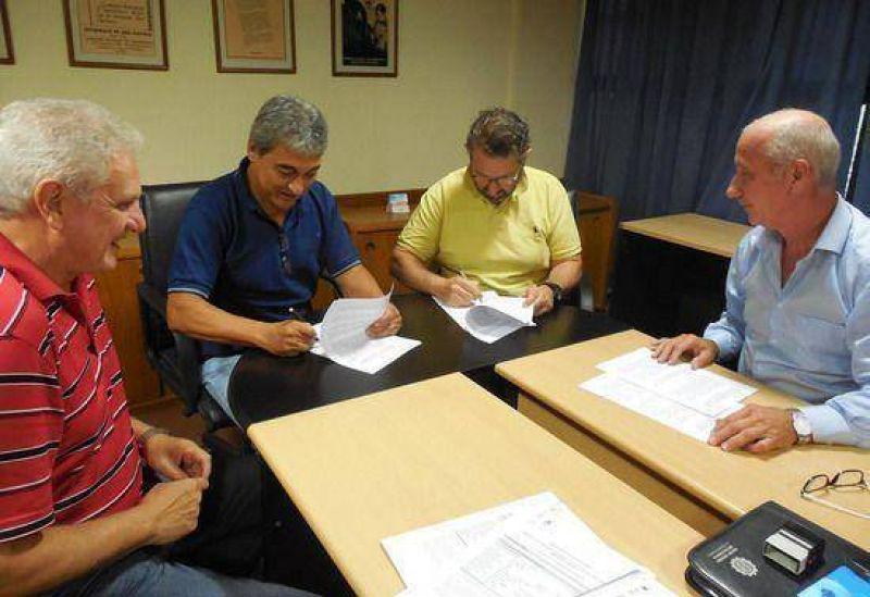 La UOM y la UOCRA firmaron un convenio �para formaci�n y reentrenamiento laboral�