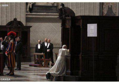 Papa Francisco convoca Año Santo Extraordinario de la Misericordia, del 8 de diciembre de 2015 al 20 de noviembre de 2016