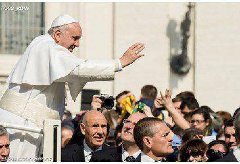 El Papa Francisco con la asociación laical 'Sígueme': el centro vital es Jesús